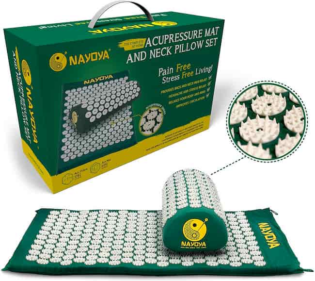Nayoya Back and Neck Pain Relief - Acupressure Mat and Pillow Set - Relieves Stress, Back, Neck, and Sciatic Pain - Comes in a Carry Case for Storage